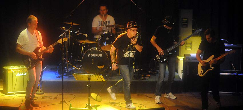 Zwei Bands live in Schwanewede